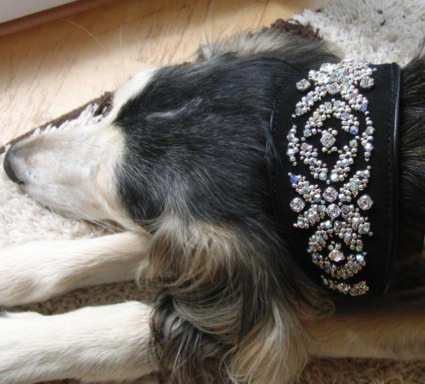 Wahira´s neues Perlenhalsband