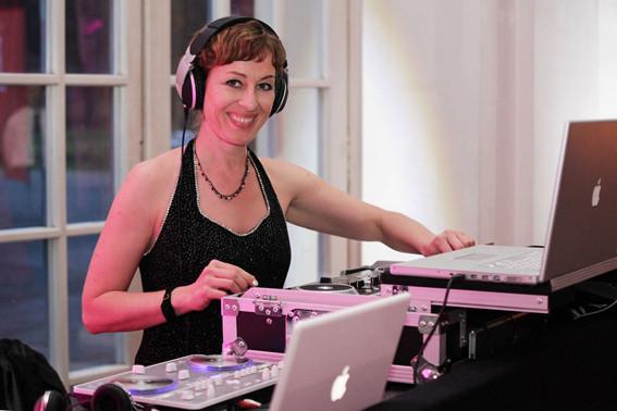 DJ Hochzeit DJ Agentur Berlin Cat1