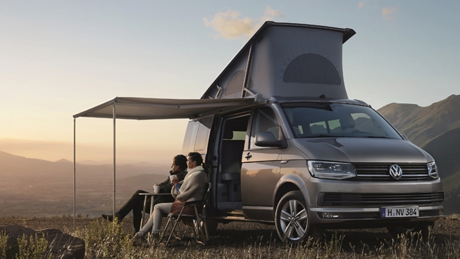 Volkswagen California Ocean Camper Panorama am Abend