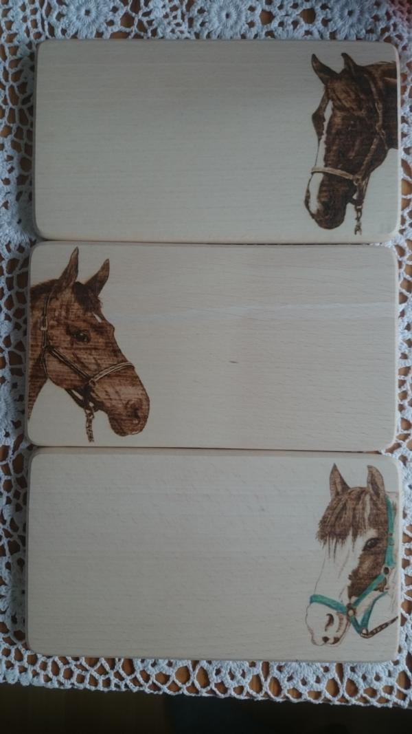 Frühstücksbrettchen Brandmalerei Portrait Holz Boxenschild