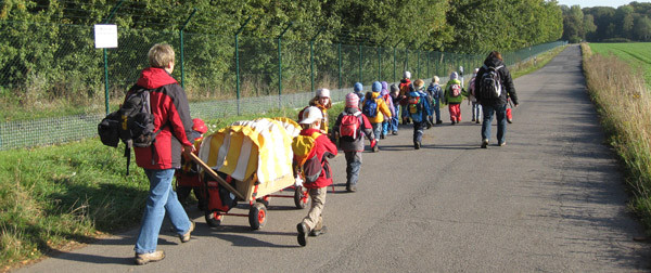 Marsch zum Stommelerbuscher Wald
