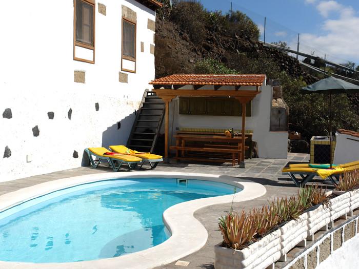 schöne Naturfinca mit einem original kanarischen Ferienhaus auf Teneriffa