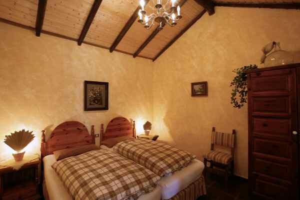 1.Schlafzimmer vom Ferienhaus Nigara mit Pool im Südwesten von Teneriffa