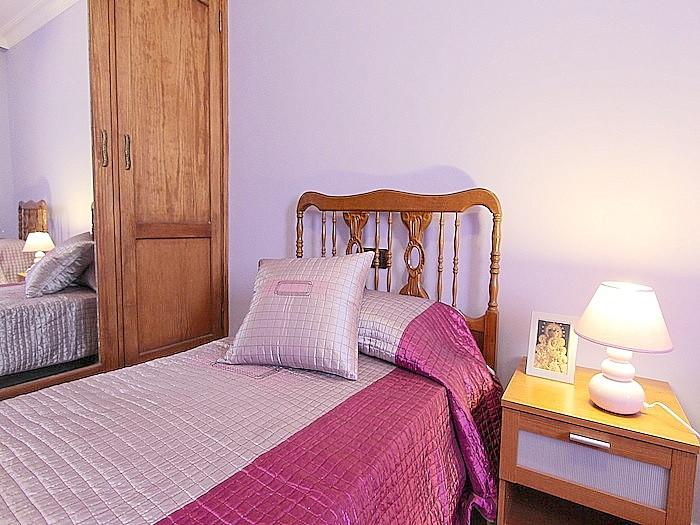 3. Schlafzimmer mit 2 Einzelbetten, die zusammenstellbar sind