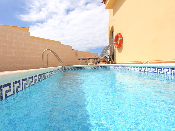 Geschützter Poolbereich