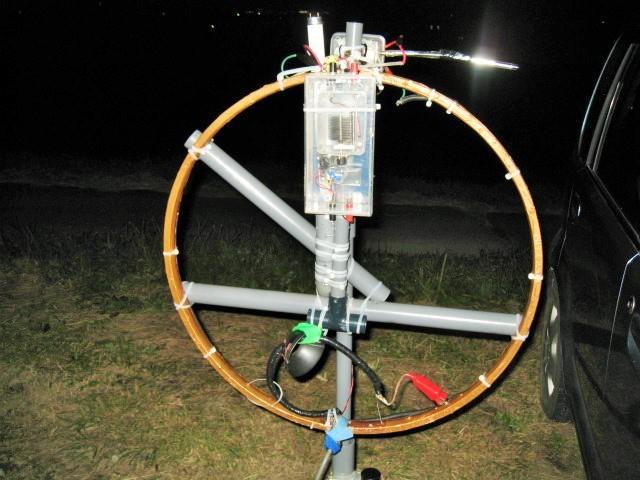 バンド別位置可変方式給電LOOPをコアに貫通させて天頂に取付/1040P大型VC取り外してスリム化:受信感度回復DX可