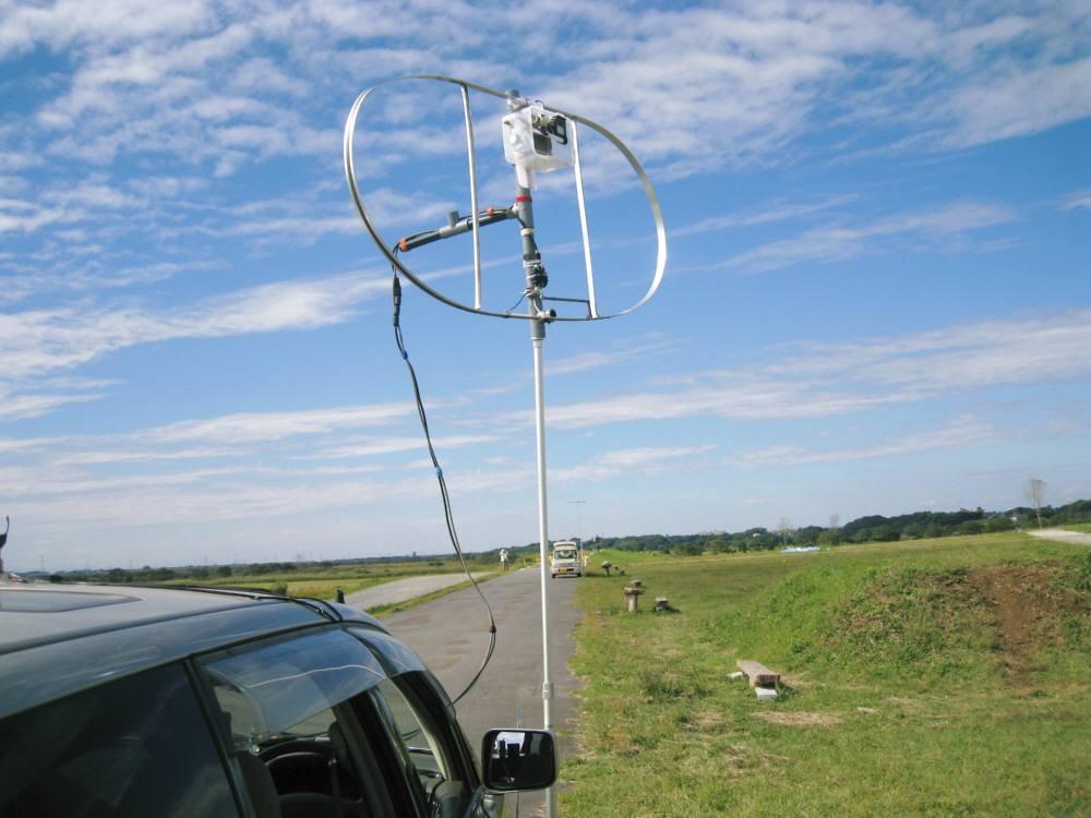 全周長400cm(内L260cm)MLA:ダブル・ループMLA:CIS-MLAと命名:(自作1:1バランを給電部に入れて垂直設置2mh運用)「 VK5CE/4 」と交信