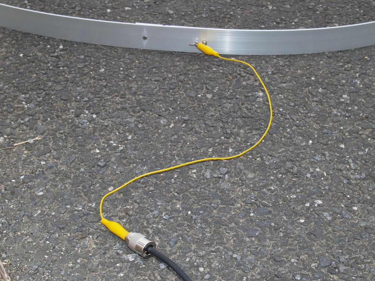 地上高ゼロメートル給電リングANT:同軸芯線からの接続例(アルミ板ANT接続と同じです。)