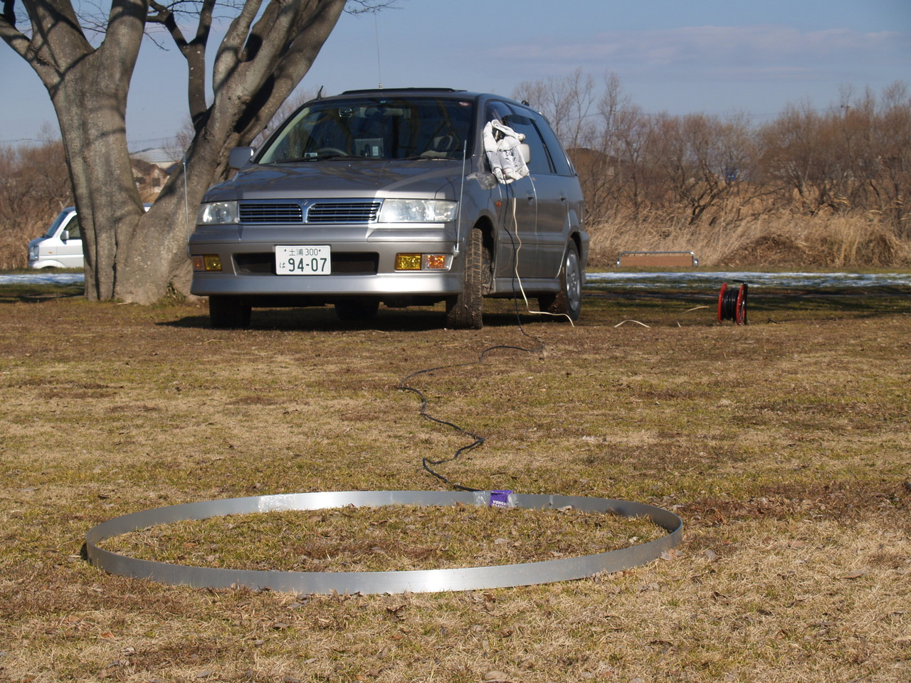 地上高ゼロメートル給電リングANT:国内交信で使用:アルミ板接続と同じです。