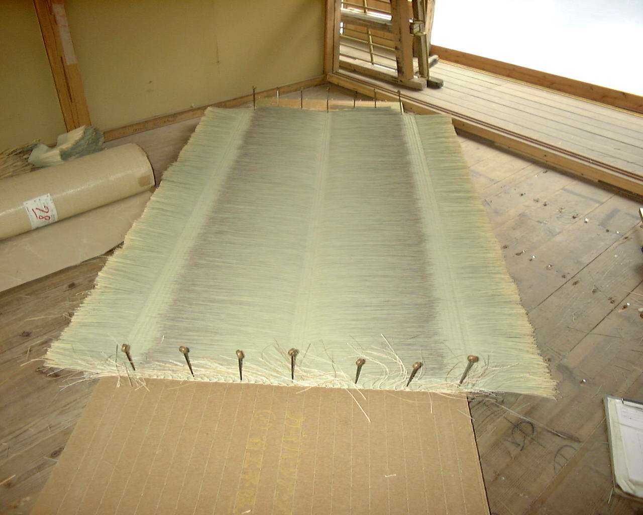 表側に使う手織りの『中継ぎ表』。備後畳表です。