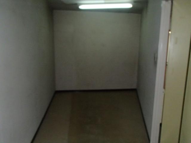 倉庫(室内)