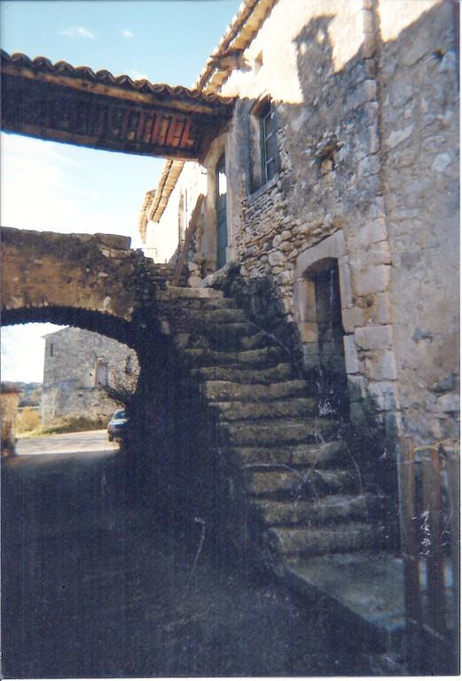 Ancienne Maison Michel.un Ancetre FERRAND habitait cette maison. Actuellement maison Monnier