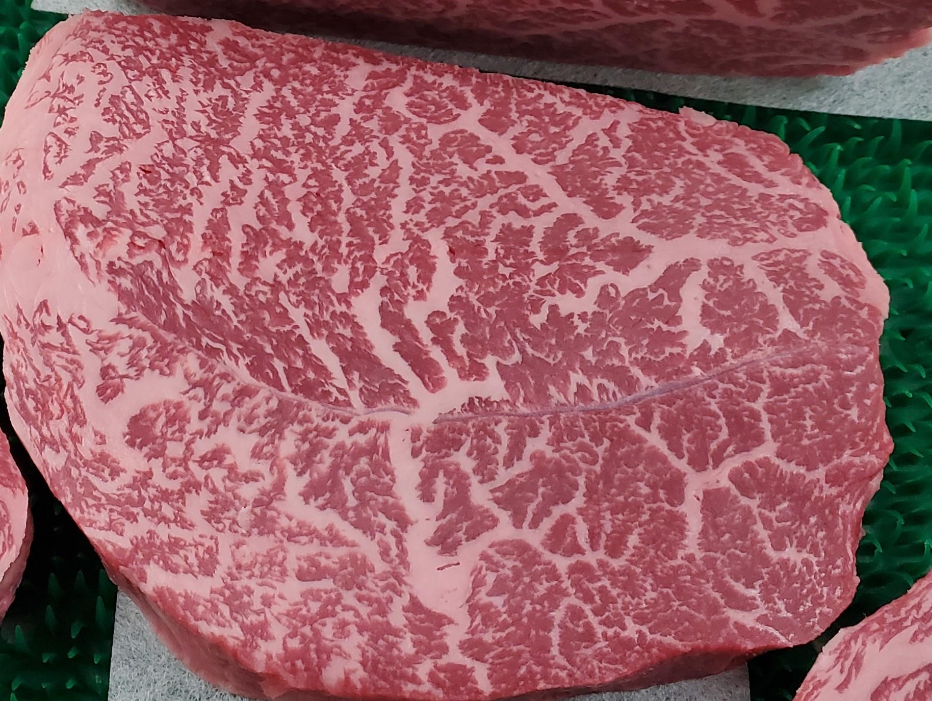 鹿児島県産もも肉芯々ステーキ