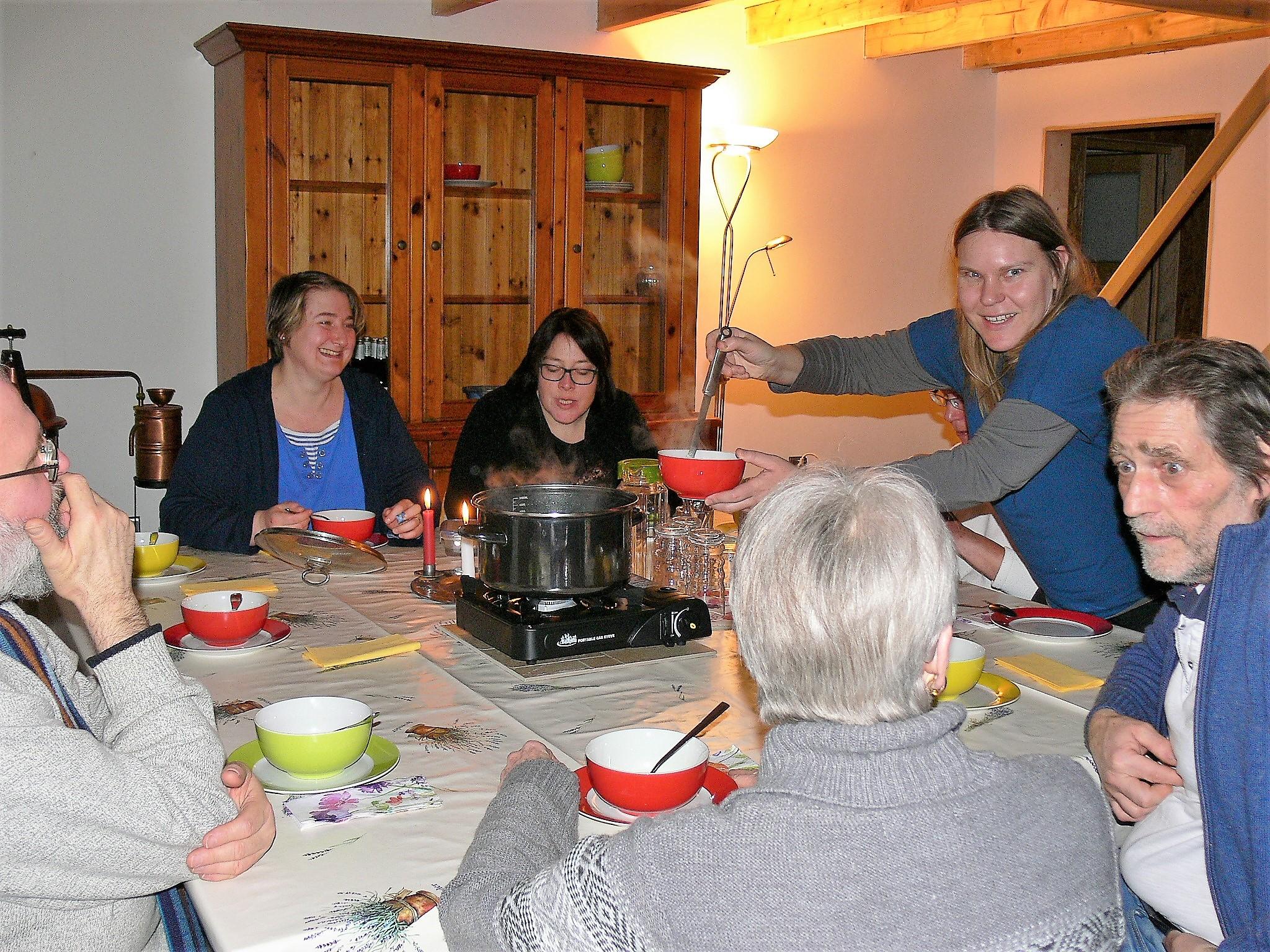 die Breuss-Fasten-Suppe ist heiß begehrt...
