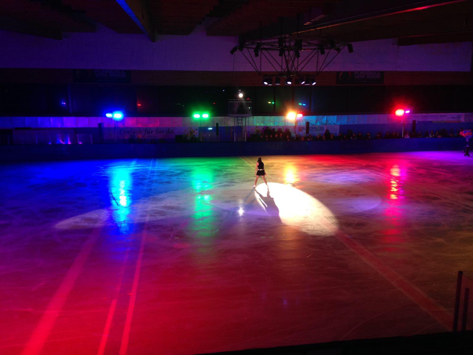 36. Weihnachtszauber Eiskunstlauf 2016 - Lichttechnik