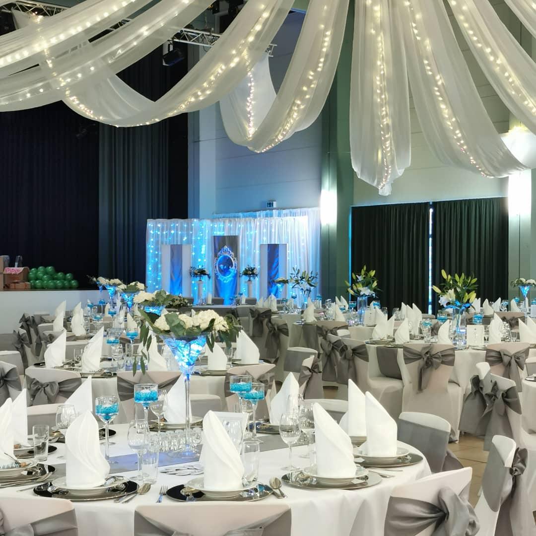 Hochzeitsdekoration, Raumdekoration, Baldachin