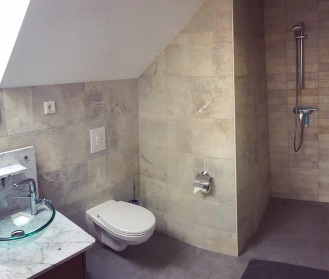 Bäder / Duschen