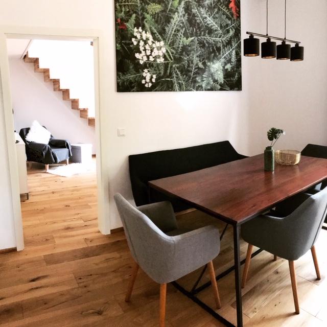 Wohnküche Tisch