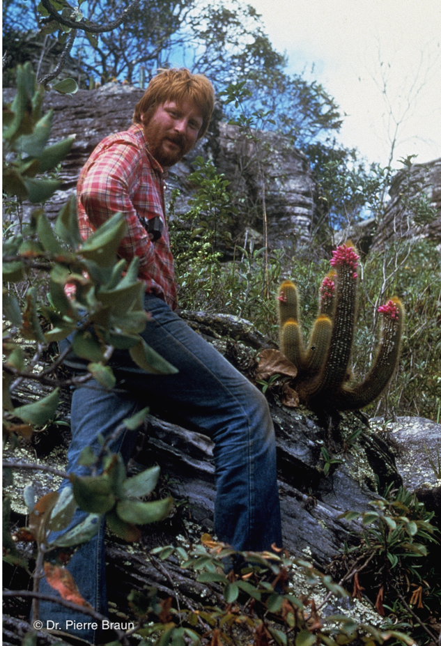 Gerhard Heimen & Micranthocereus auri-azureus, Grao Mogol/Minas Gerais 1979