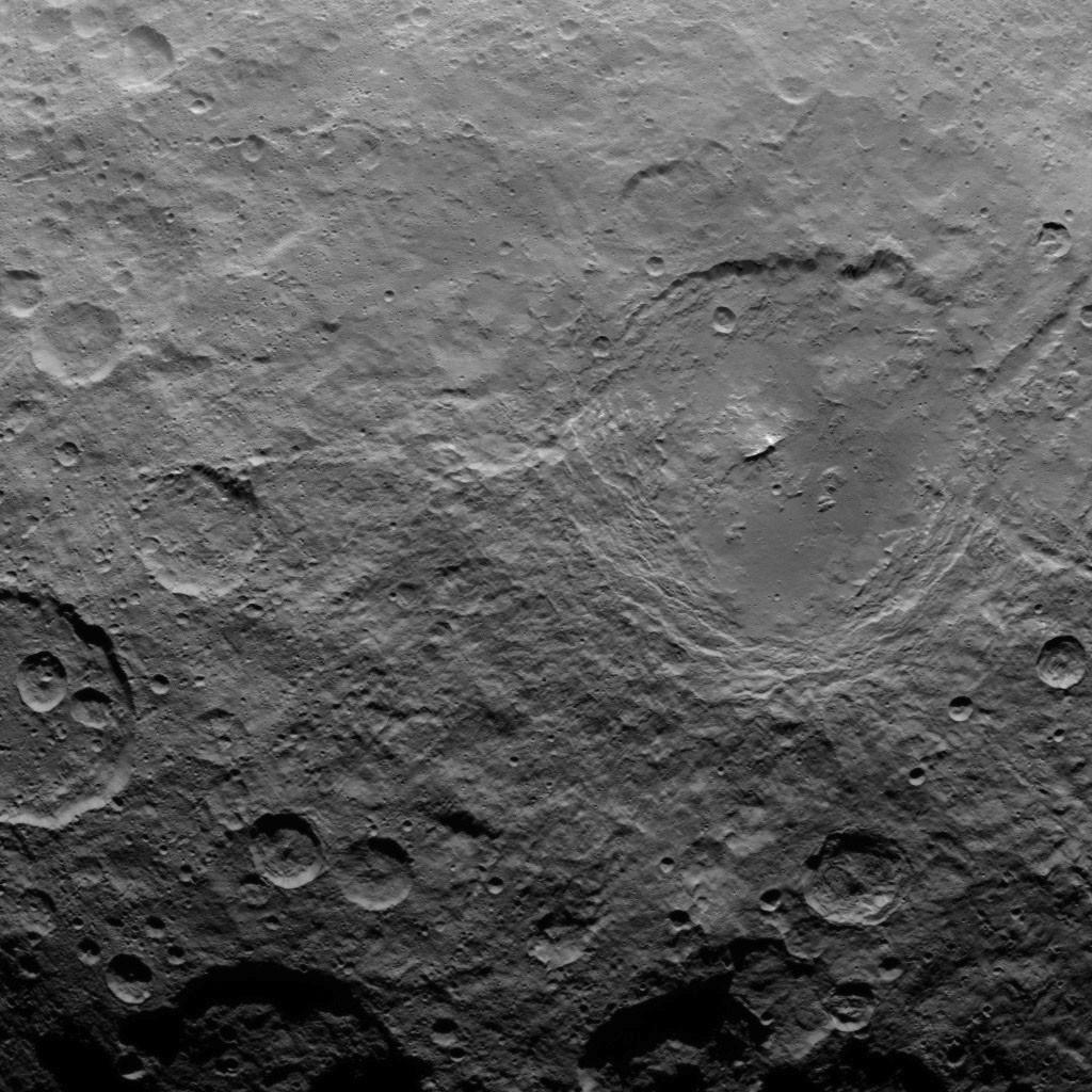 Orbite 29, altitude : 4400 km, résolution : 410 m par pixel