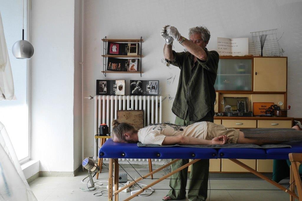 wire healing studio von stephan brenn; foto©ayumi