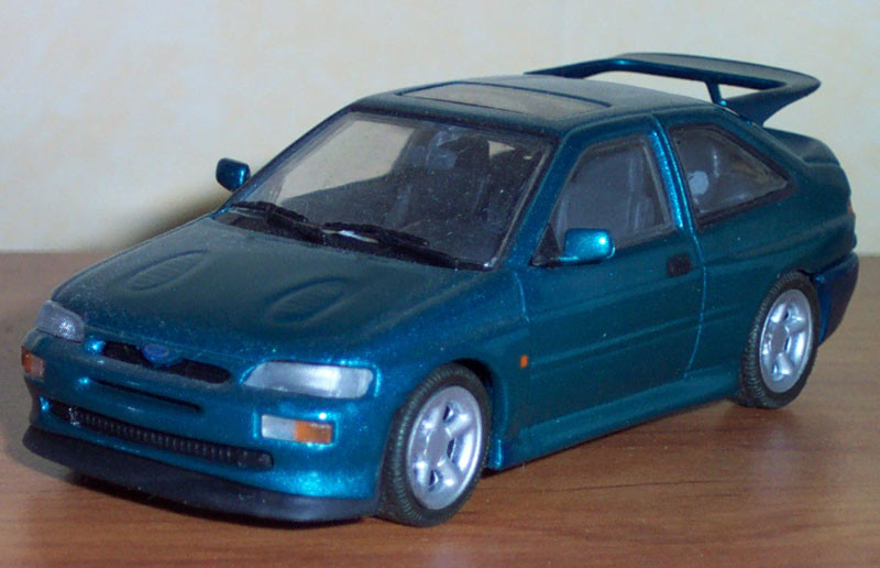 Ford RS Cosworth 1992 Minichamps ref: 420082100