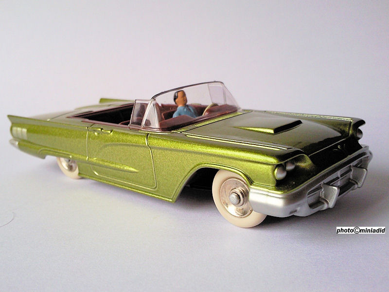 Ford thunderbird 1958 Dinky Atlas collection dinky toys de mon enfance