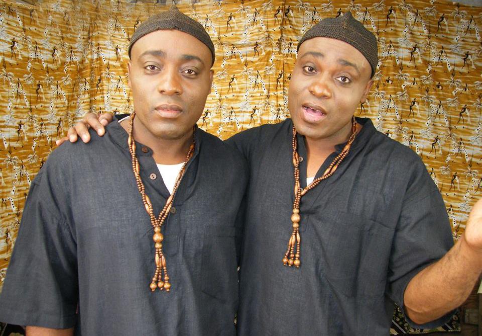 Les Jumeaux de MASAO (Masao Masu) durant le tournage du clip Latala
