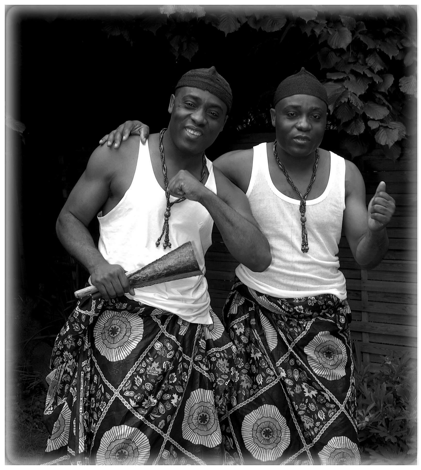 Les Jumeaux de MASAO (Masao Masu). Photo : Serge Lerus