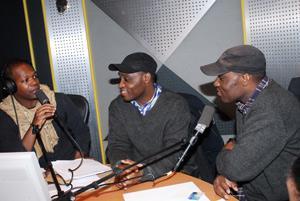 Les Jumeaux de MASAO (Masao Masu) à RFI avec Amobe Mevegué