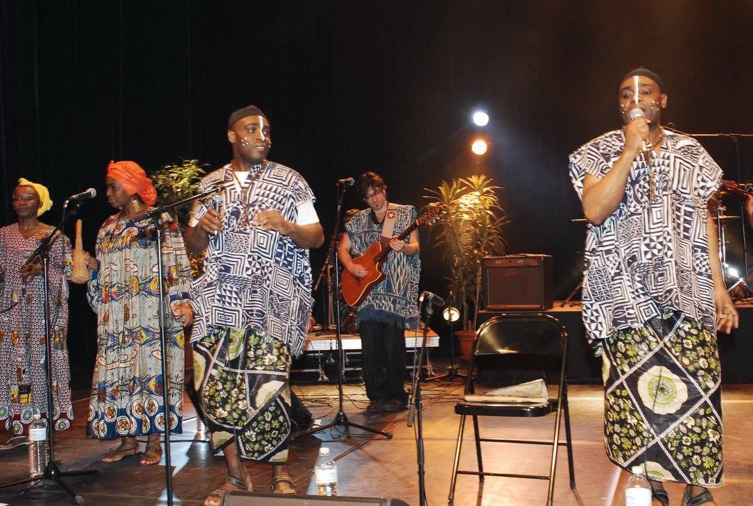 Les Jumeaux de MASAO (Masao Masu) en concert à Sarcelles