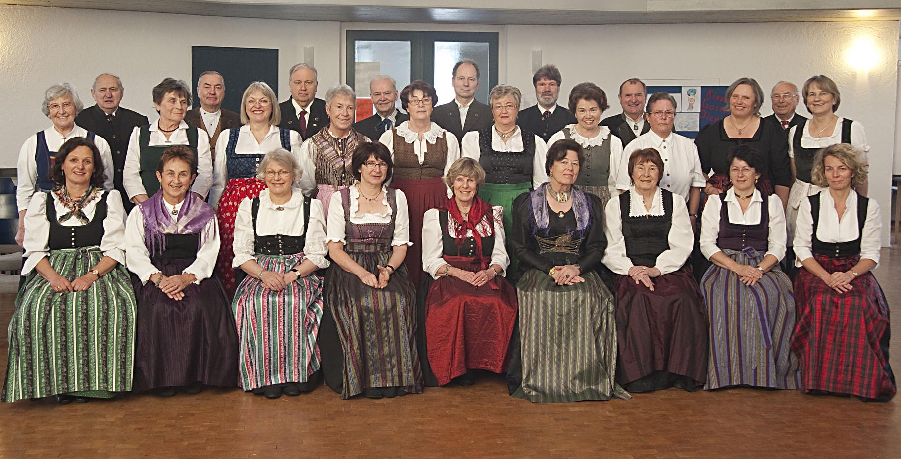 2010 - Vor dem Alpenländisches Adventssingen in der Evangelischen Kirche in Grafing