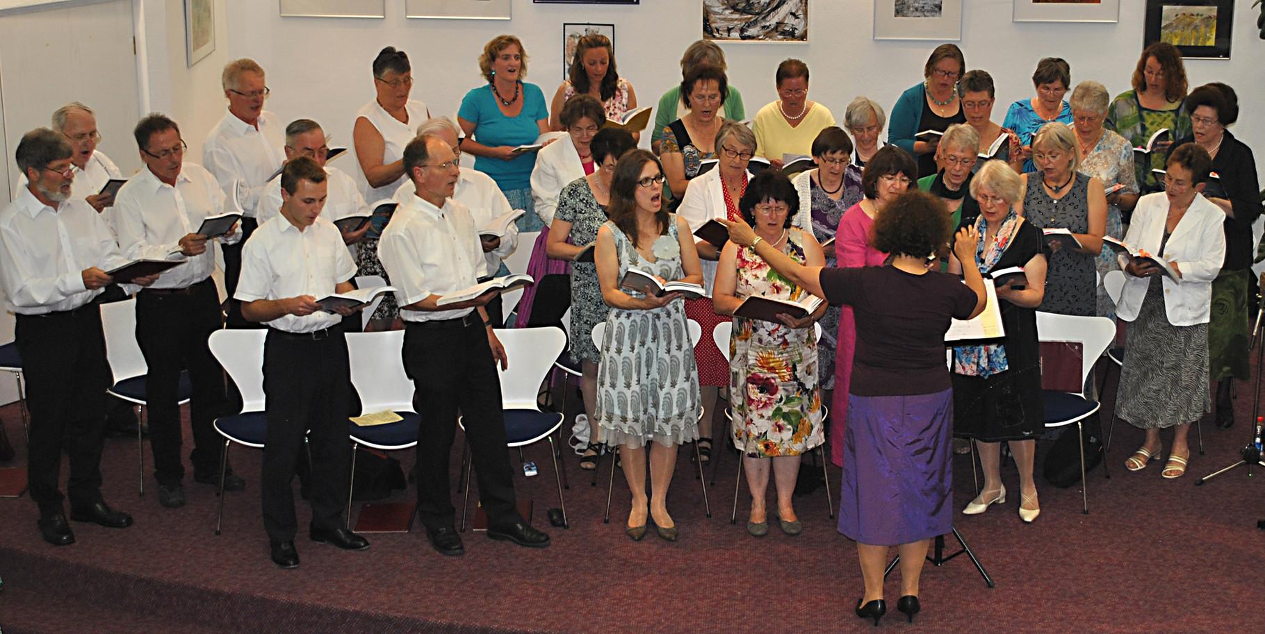 2013 - Sommerlicher Liederabend mit Texten von Eugen Roth in der Stadtbücherei Grafing