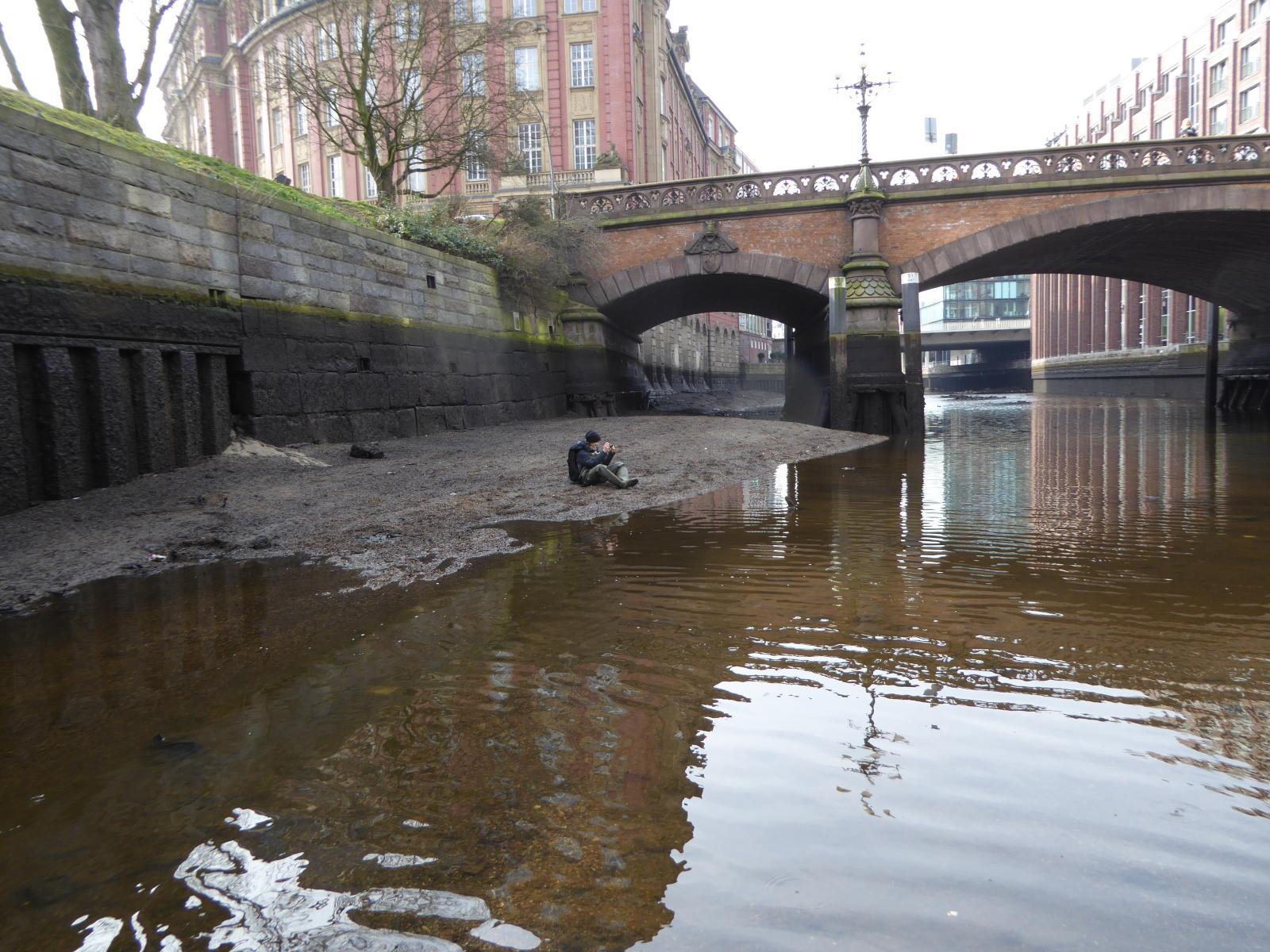 Welches Leben im Gewässerkorridor ist in der Innenstadt noch möglich? Diese Frage stellte sich unter anderen die Tagung am 28.05.2015