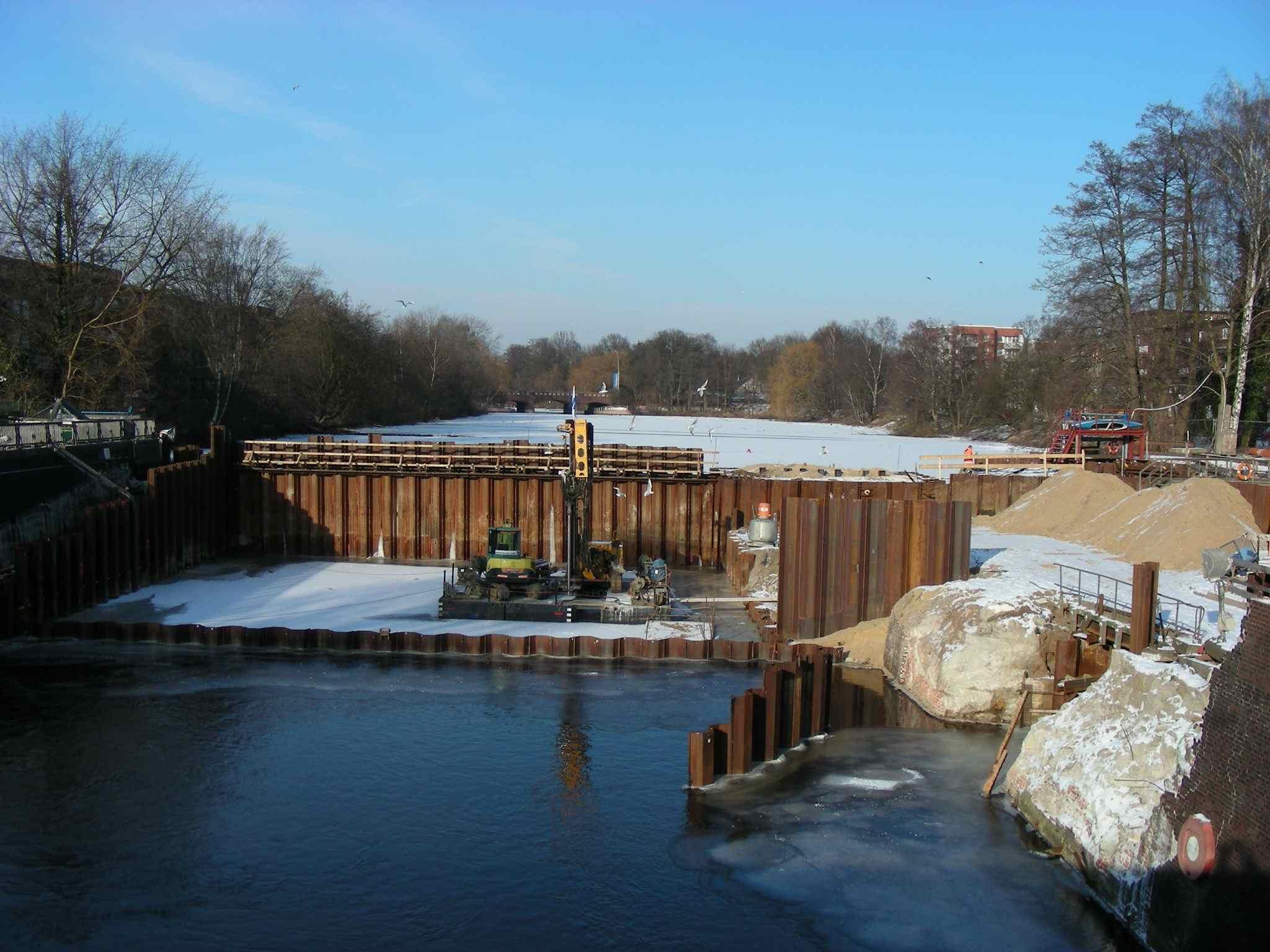 Baustelle Fuhlsbüttler Schleuse am 06.02.2012.