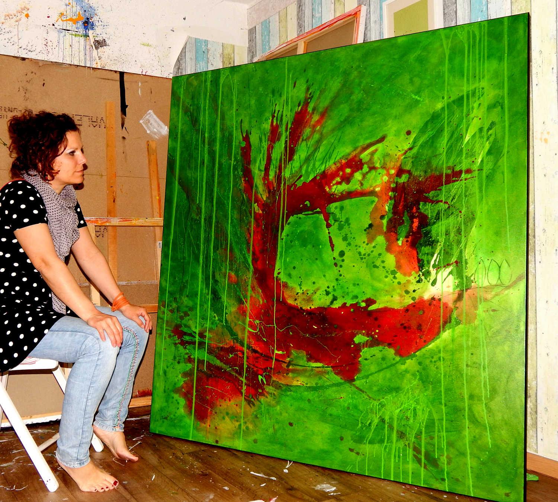 grünes abstraktes Gemälde in groß