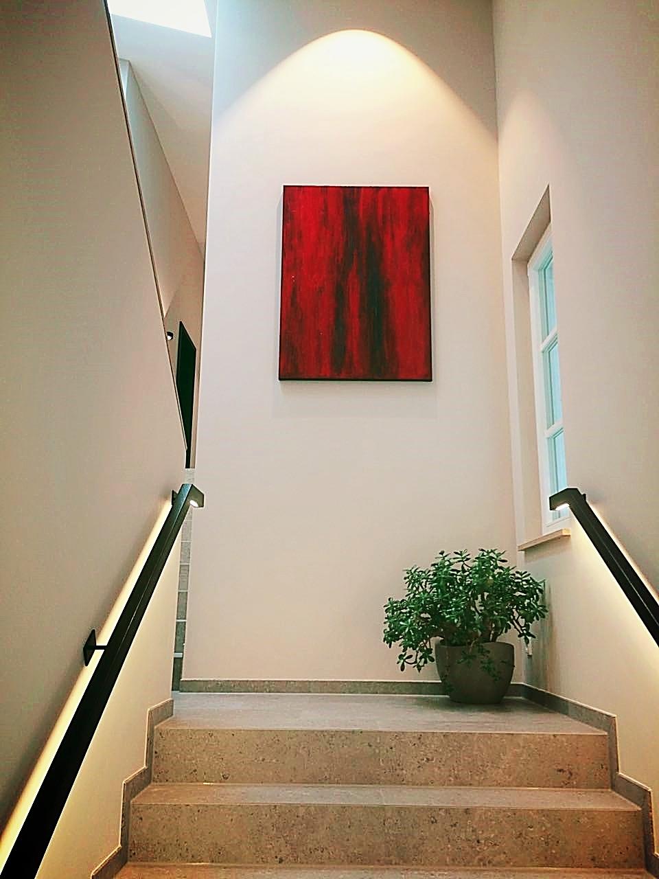 rotes Gemälde Treppe