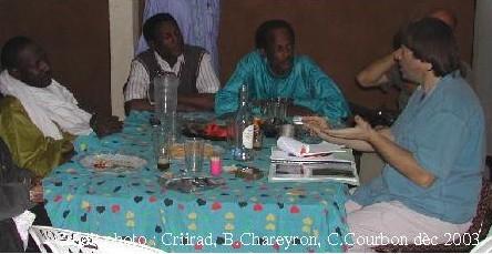 Un réunion de l'ONG à Arlit