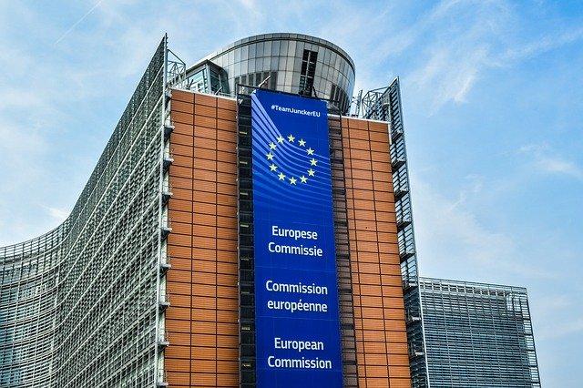 Ursula von der Leyen: EU für eine mögliche Aufhebung von Impfstoff-Patenten