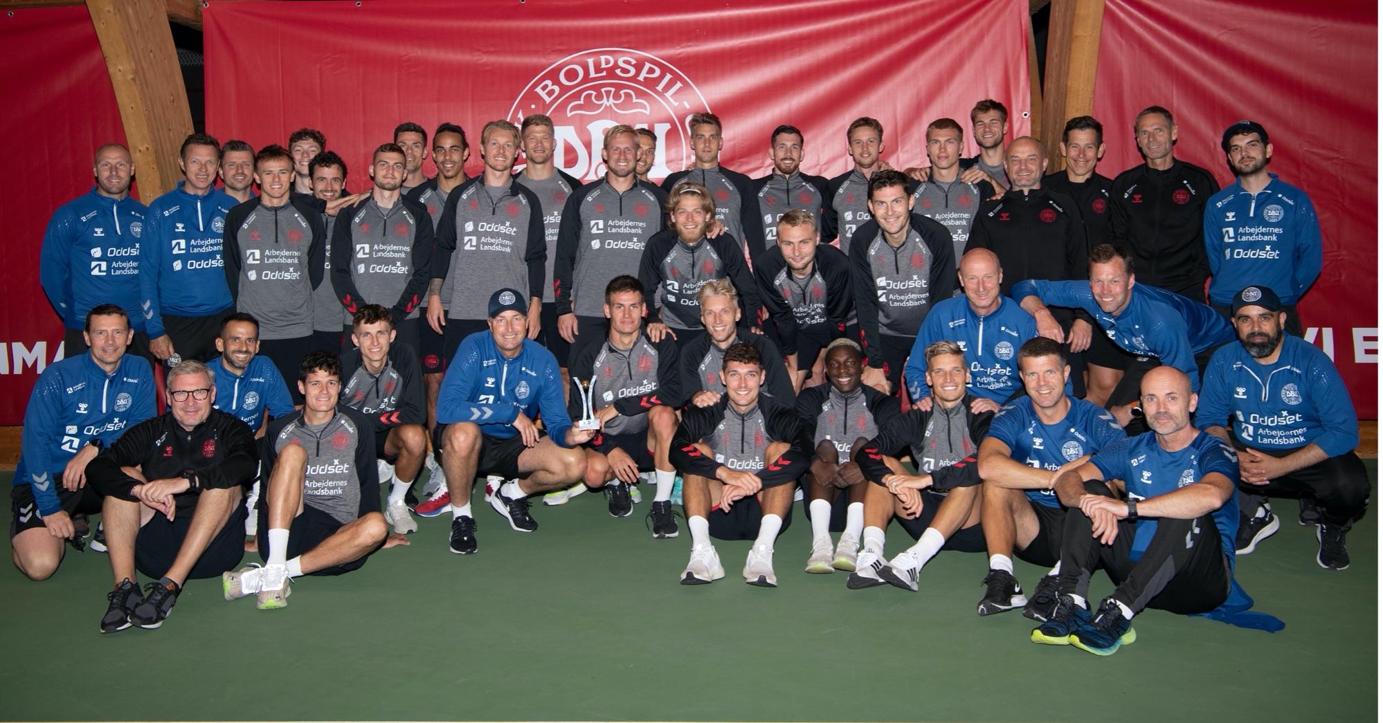 Die dänische Fußball-Nationalmannschaft erhält den Sport Bild-Award