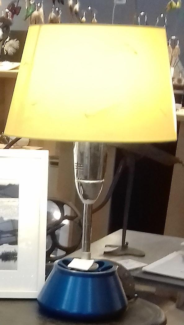 Lampe h 60 cm disponible