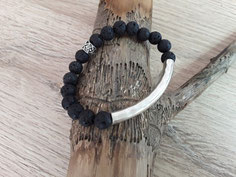 Schwarzes Armband mit Silberteile