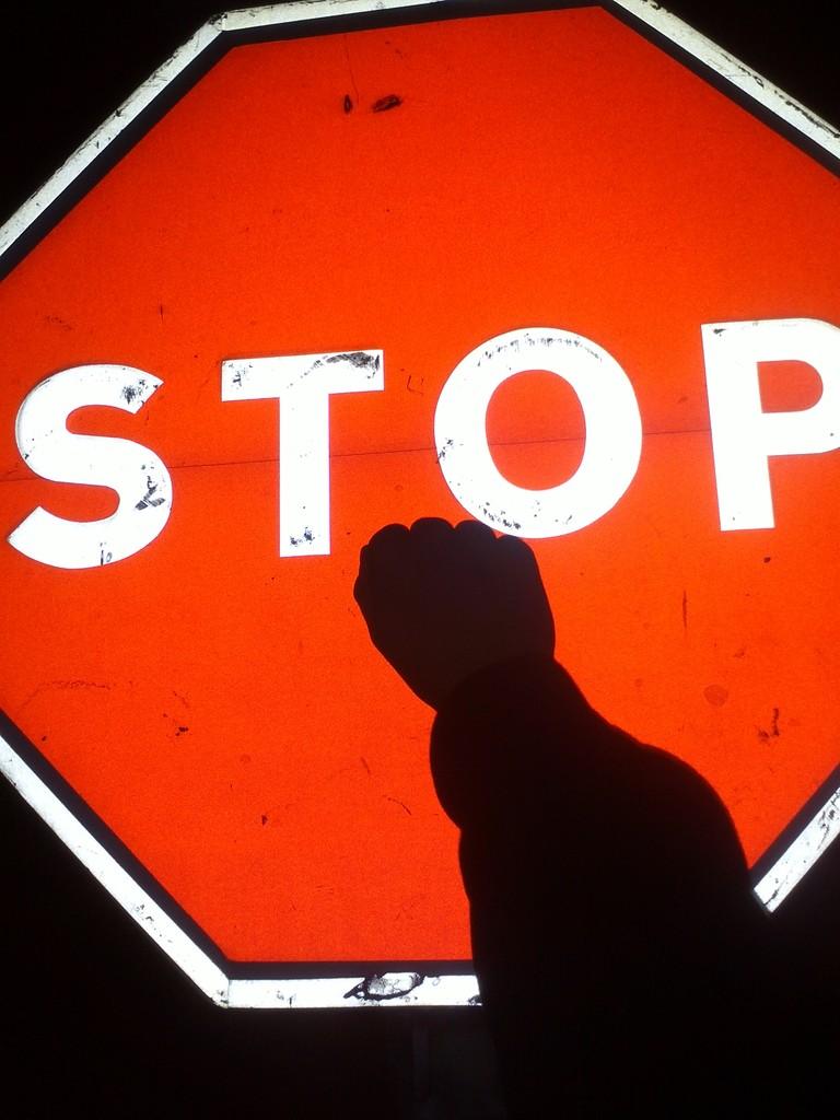 Stop, por Álvaro López