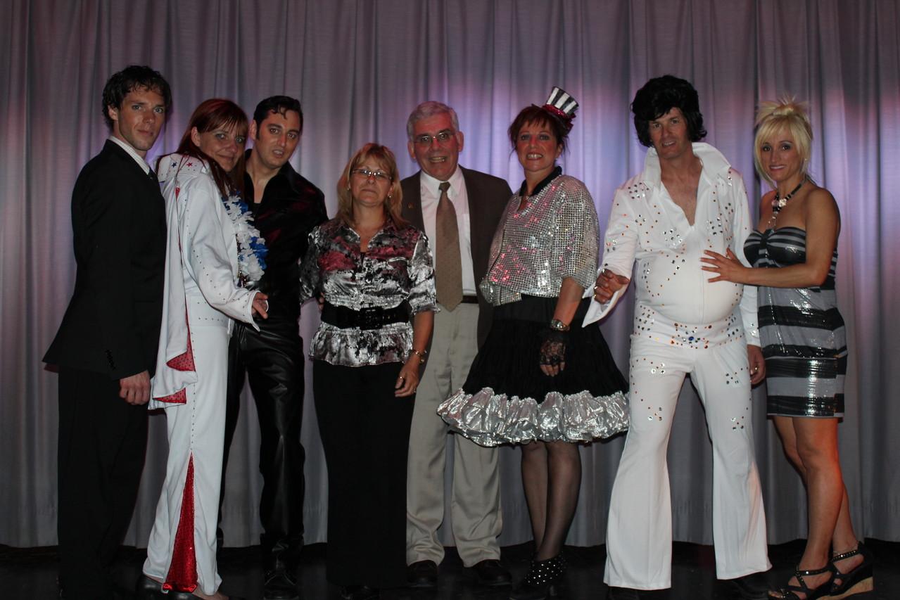 Les personnages d'À la recherhce d'Elvis avec Monsieur Cadieux Président de la maison Adhémar-Dion et Sylvie Juteau