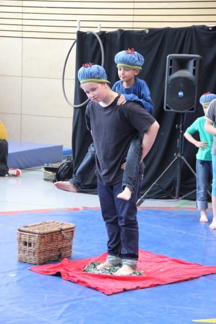 Weitere Bilder vom Zirkusschnuppertag > Neues aus dem Schulleben