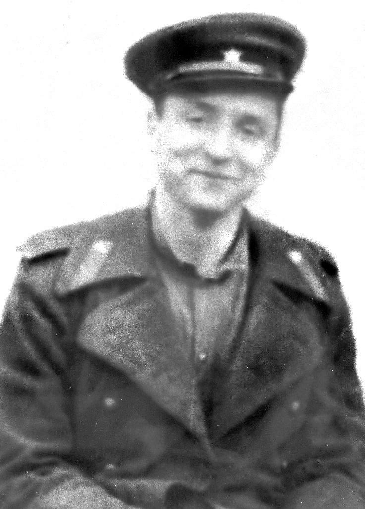 Бондаренко Г. Рядовой полковой разведки на Одере 1945 г.