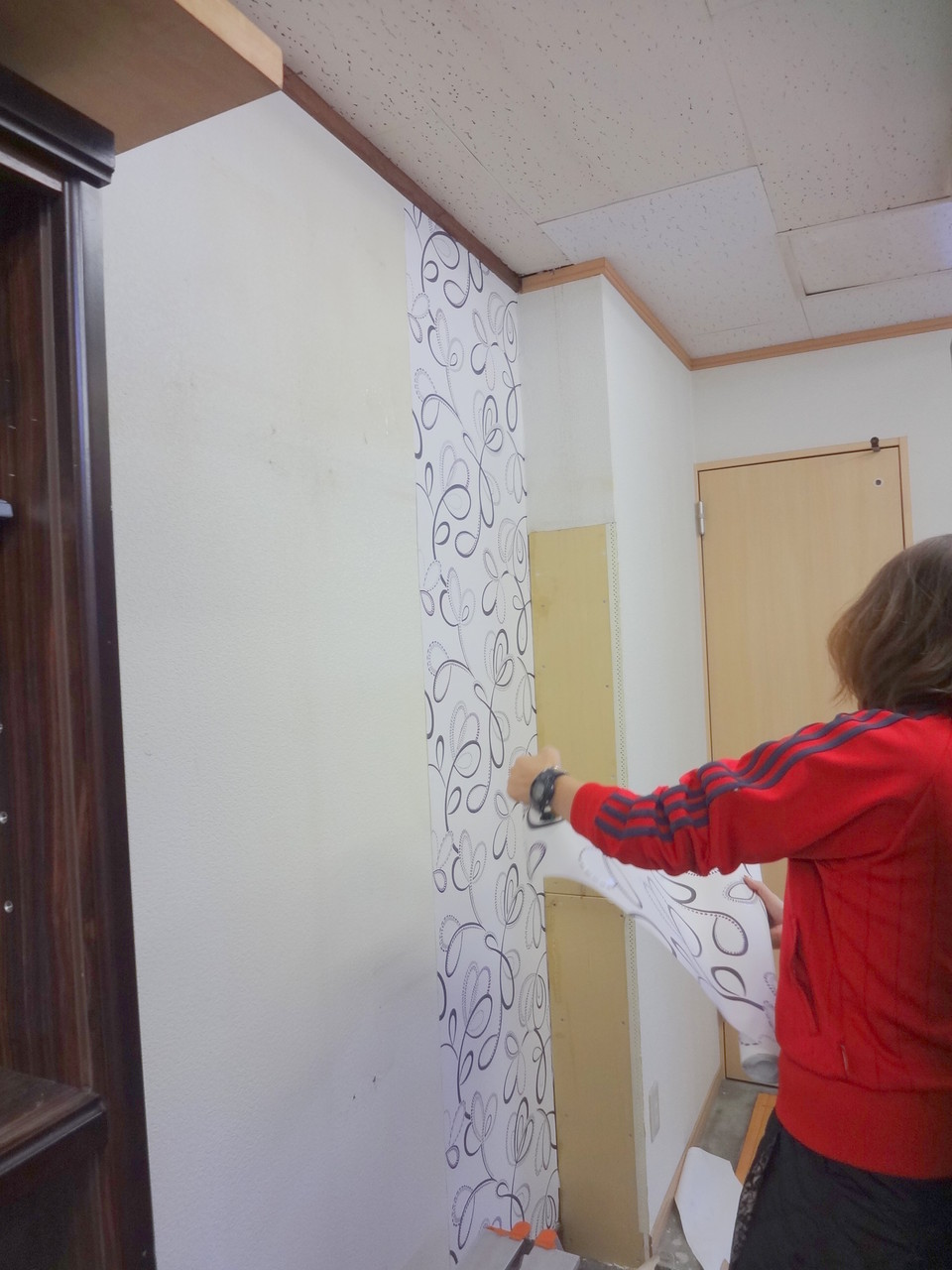 壁紙の上から輸入壁紙を