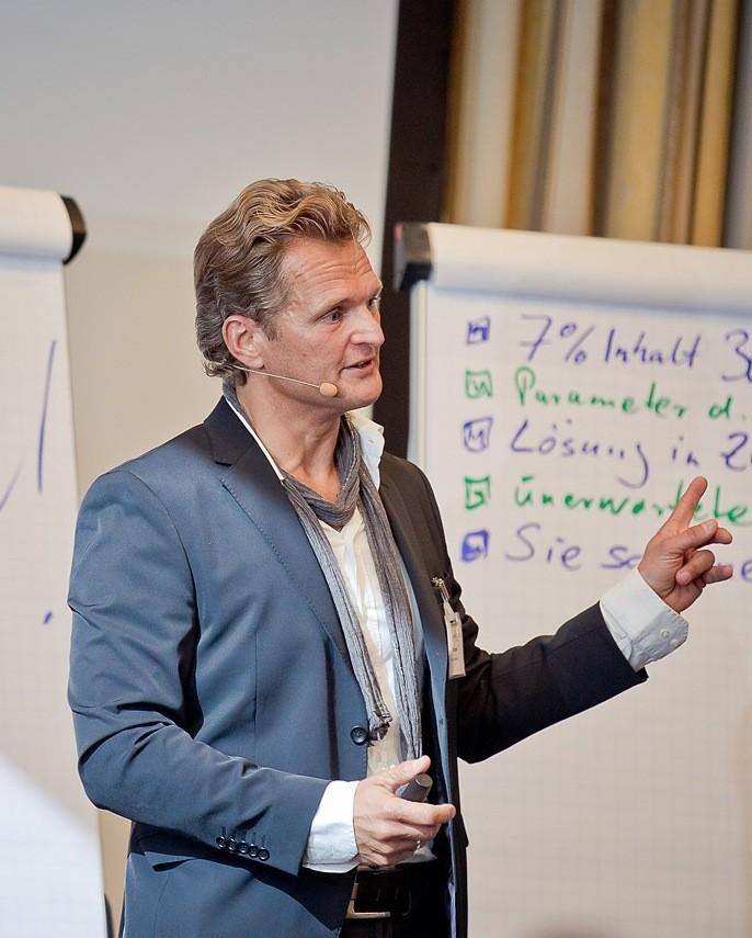 Charisma-Training: Intensiv-Seminar Rhetorik mit maximal 12 Teilnehmern