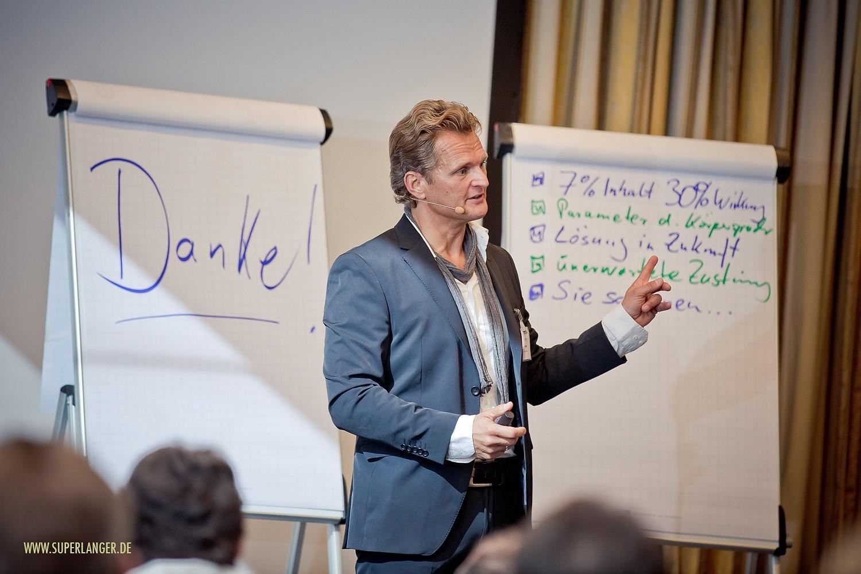 Charisma-Training: Intensiv-Seminar Schlagfertigkeit mit maximal 12 Teilnehmern
