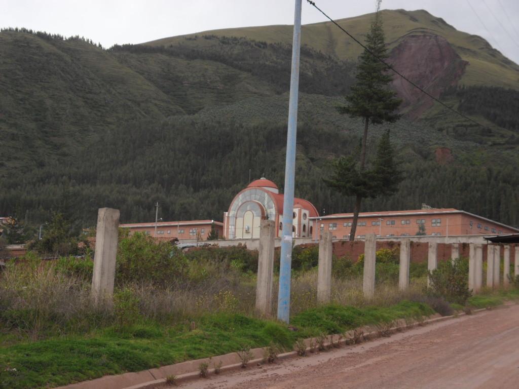 TEMPLO CONSTRUÍDO- VISTA POSTERIOR (ALTAR)